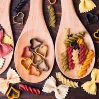 Servietten 25x25 cm - Colourful Pasta