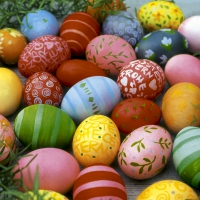 Servietten 24x24 cm - Colourful eggs
